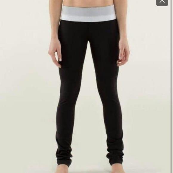 Lululemon Skinny Groove Pants size 6